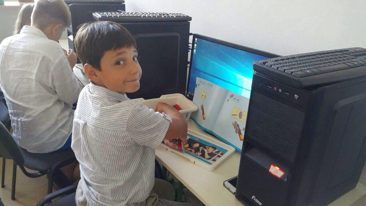"""У школі """"Ранок"""" пройшли перші заняття з робототехніки від Lego!"""