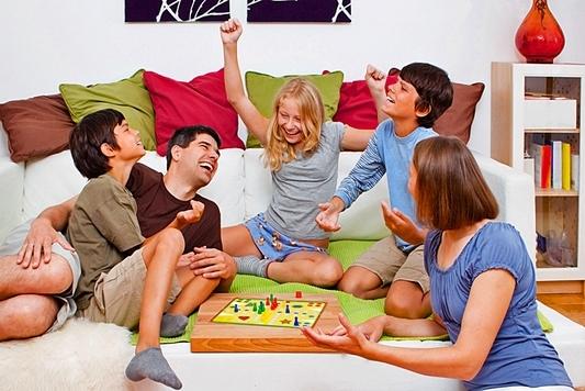 Настільні ігри для сімейного дозвілля