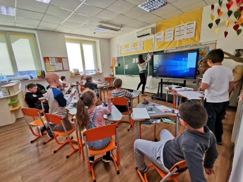 """ТСН: У школі """"Ранок"""" запустили зовнішню експертизу знань"""