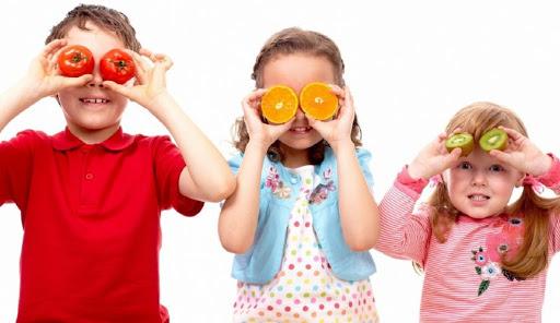 Радість і сміх: як розвинути в дитини почуття гумору